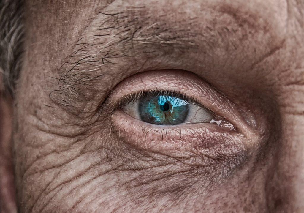 Anziani. Le nostre radici troppo spesso dimenticate